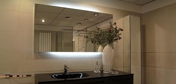 Accessori bagno milano vendita forniture specchi porta - Mobili porta asciugamani bagno ...